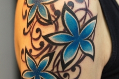 Disighn-flowers-tattoo