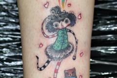 devochka-zaghigalka-tattoo