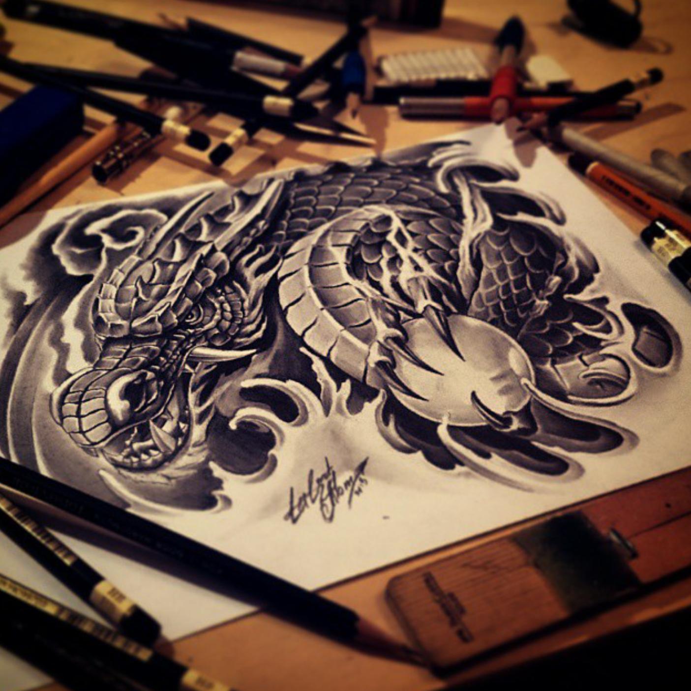 тату эскиз дракон и шар